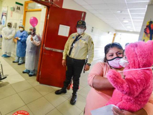 ¡Buena noticia! Niña de 2 años superó quemaduras y venció el covid-19 en INSN San Borja