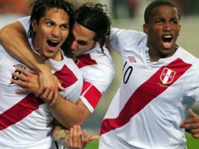 Bundesliga eligió a tres peruanos entre los mejores anotadores latinos en su historia