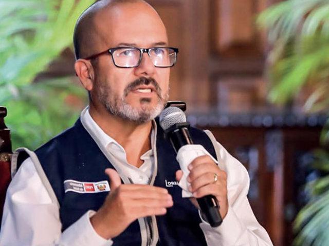 """Ministro Zamora pide a federación médica """"volver a la mesa de diálogo"""""""