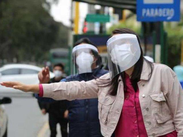 MTC ordena el uso obligatorio de protector facial y mascarillas en el transporte público