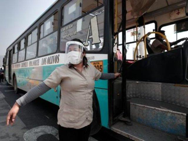 Uso obligatorio de protectores faciales no garantizaría bioseguridad, según infectólogo