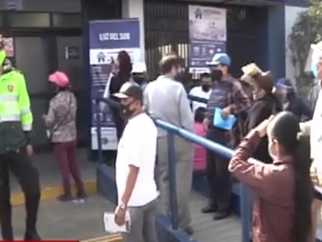 Santa Anita: usuarios protestan por cobros excesivos en sus recibos de luz