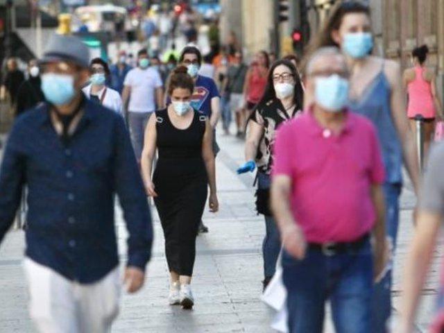 """Epidemiólogo Antonio Quispe: """"No estamos enfrentando al mismo COVID-19 de la primera ola"""""""