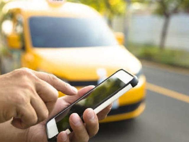 SJM: delincuentes pidieron taxi por aplicativo y asaltaron a chofer