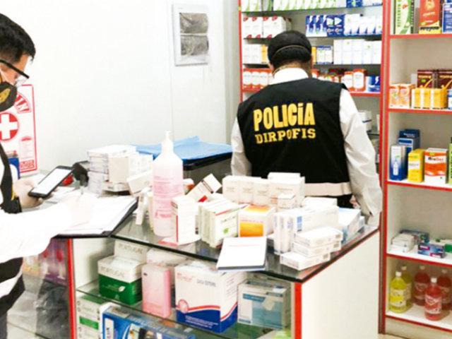 VMT: extranjeros se hacen pasar por médicos y atendían en policlínico clandestino