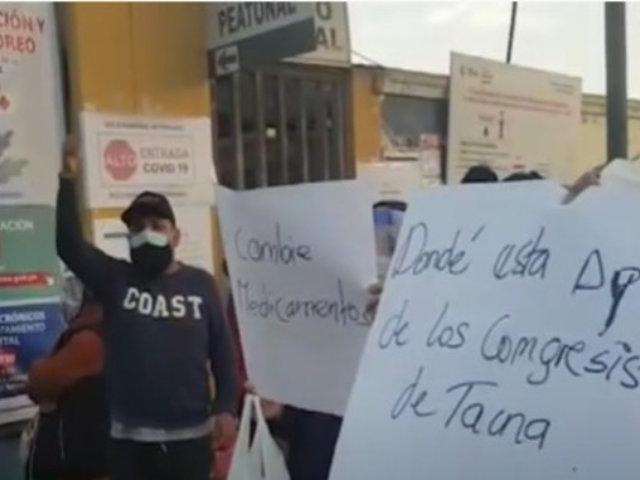 Tacna: familiares de pacientes con COVID-19 exigen más personal médico