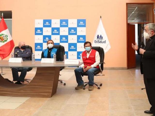 """Arequipa: Arzobispo anuncia donación de primera planta de oxígeno de la campaña """"Respira Perú"""""""