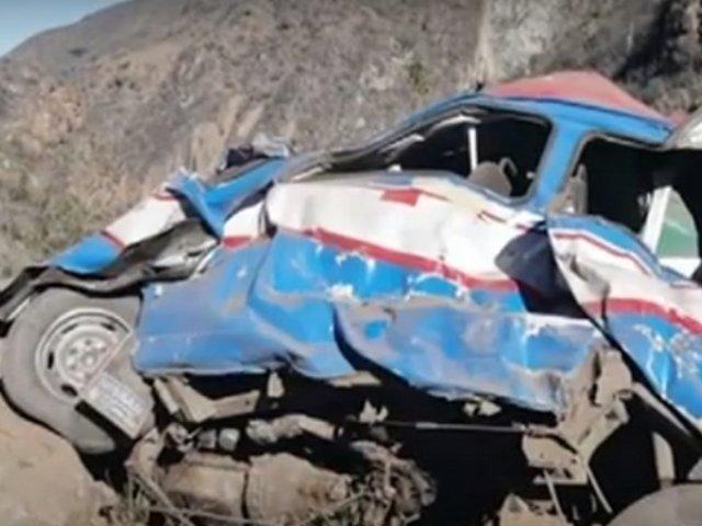 La Libertad: 11 muertos tras despiste de miniván en provincia de Santiago de Chuco