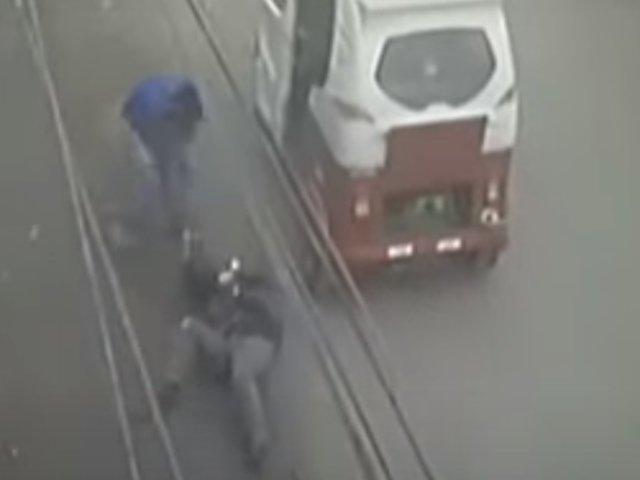 Callao: delincuentes en mototaxi roban cartera a mujer