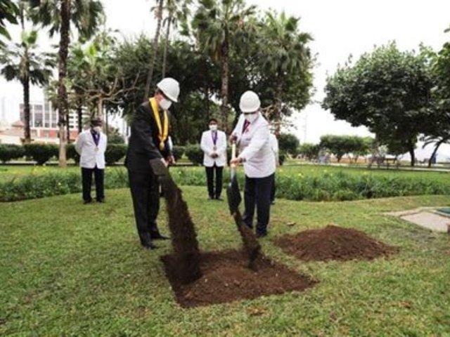 Miraflores: construirán obelisco en homenaje a médicos fallecidos en la pandemia