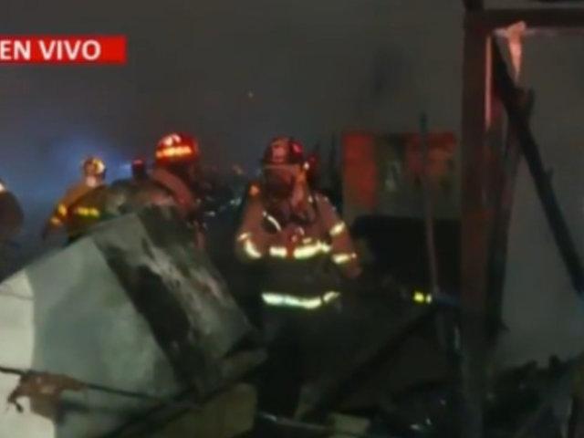 Centro de Lima: Tras ardua labor controlan incendio en el Jirón Callao