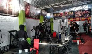 Arequipa: 14 personas fueron detenidas al interior de un gimnasio
