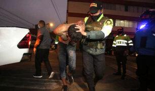 Surquillo: sujeto que huía de la policía quedó atrapado en tragaluz de vivienda