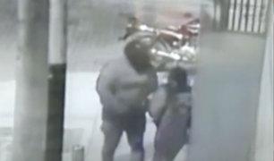 Piura: graban a delincuente conocido como 'el gordo' robando a mujeres