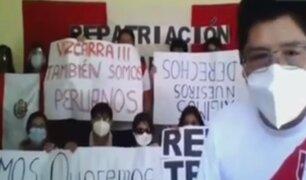 Estudiantes de medicina permanecen varados en Bolivia sin respuesta de autoridades