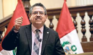 Presidente del Congreso rechaza presunto chantaje a Pedro Cateriano