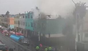 Rímac: cortocircuito habría provocado incendio en tercer piso de vivienda multifamiliar