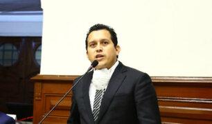 José Luna Morales renunció a la presidencia de la Comisión de Defensa del Consumidor
