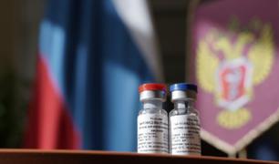 Rusia: gobierno rechaza dudas sobre su vacuna que probará en dos semanas