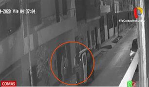 Comas: Delincuentes en mototaxi asaltan a un joven policía