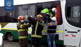 La Libertad: triple choque en carretera Panamericana Norte deja al menos 40 heridos