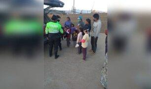 Arequipa: policías compraron ropa para donar a familias de extrema pobreza