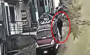 Delincuente roba miniván en cuestión de segundos en Chorrillos