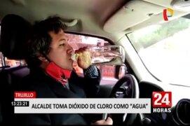 Trujillo: Alcalde de Moche toma dióxido de cloro como agua de tiempo