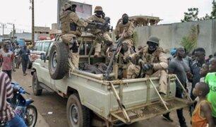 Militares de Mali encabezaron golpe de estado este martes
