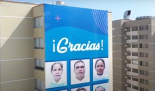 EsSalud rinde emotivo homenaje a médicos que arriesgan su vida durante la pandemia