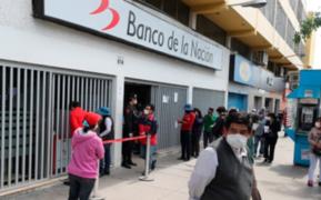 Falta de información generó largas colas en el Banco de la Nación