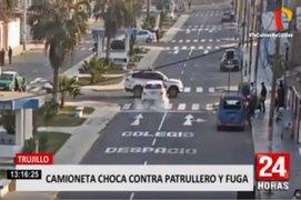 Trujillo: patrullero es embestido por auto y conductor se da a la fuga