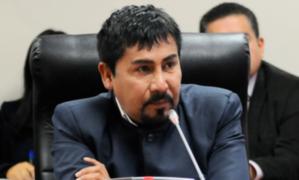 "Gobernador de Arequipa busca la presidencia: ""varios partidos me están invitando"""