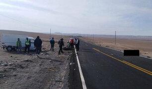 Policía y su acompañante mueren en accidente de tránsito en Arequipa