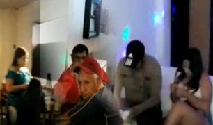 Huánuco: 23 personas fueron intervenidas en bar que atendía clandestinamente