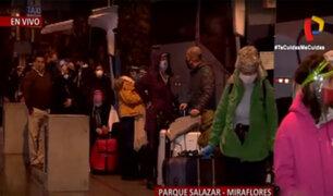 Miraflores: unos 250 ciudadanos canadienses varados regresan a su país