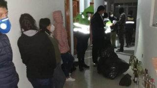 Huánuco: PNP detuvo a personal de salud por beber en posta médica
