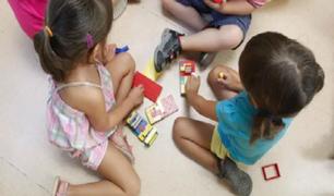 Estados Unidos registra casi 100 mil niños con COVID-19