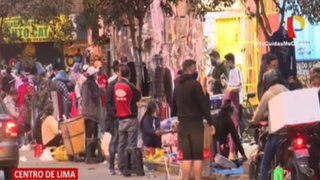 Centro de Lima: Ambulantes invaden veredas en la avenida Abancay