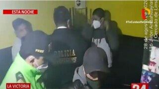 La Victoria: Intervienen bares clandestinos al frente de Radio Patrulla