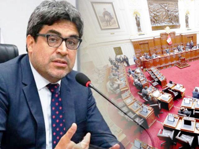 Congreso aprobó interpelar a ministro de Educación por licenciamientos de la Sunedu