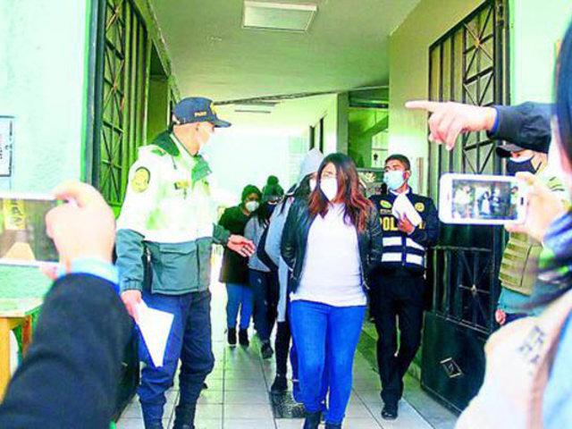 Huancayo: trabajadores de municipio fueron intervenidos celebrando cumpleaños