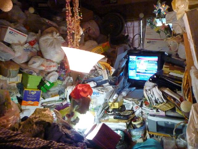 Intervienen vivienda que funcionaba como depósito de basura en Magdalena