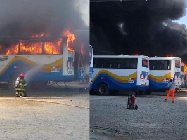 Piura: incendio consume dos buses en una cochera