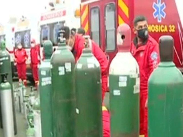 La Molina: Bomberos del Perú reciben oxígeno gratis de la planta movil de Ampe