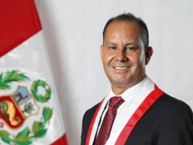 Absalón Montoya: congresista de Frente Amplio da positivo a COVID-19