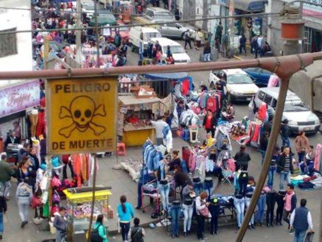 La Victoria: cientos de ambulantes invadieron nuevamente las calles