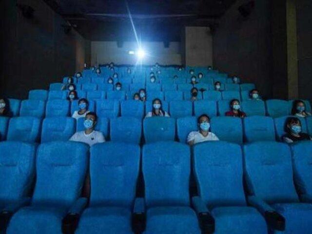 Ministerio de Producción empezará pruebas para evaluar protocolos en cines