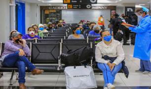 Bolivia reanuda vuelos internacionales bajo estrictos protocolos de bioseguridad