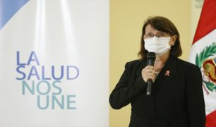 Pilar Mazzetti exhortó a no bajar la guardia ante disminución de contagios